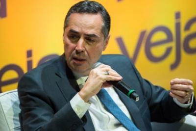 Luis_R_Barroso11_STF_Veja