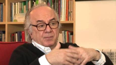 """""""As forças de esquerda do Brasil estão num dilema que se pode definir assim: tudo o que têm de fazer a médio e longo prazo para fortalecer a democracia está em contradição com o que têm de fazer a curto prazo para disputar o poder."""""""